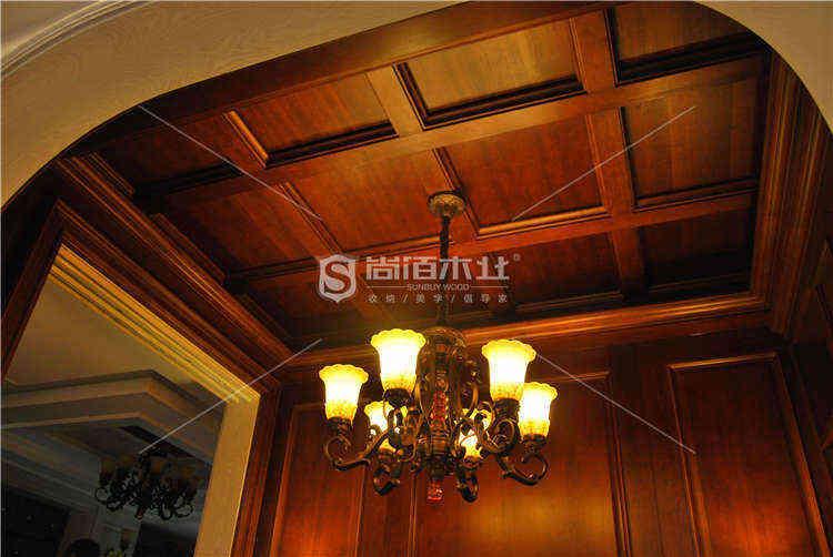 木质吊顶装修 尚佰木业中国木门十大品牌